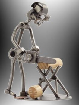 "Boystoys HK Design - Schraubenmännchen Waldarbeiter ""Kettensäge"" - Metall Art Geschenkideen Deko Skulptur Arbeit & Beruf - hochwertige Original Figuren handgefertigt -"